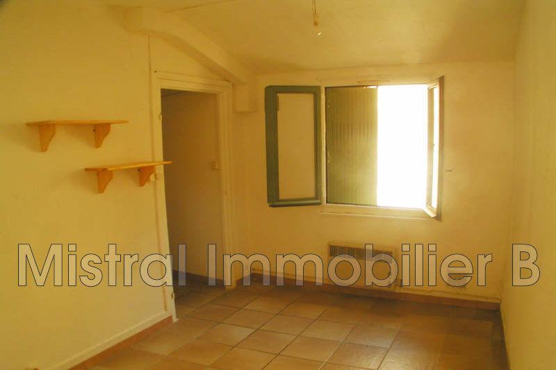 location appartement bagnols sur c ze 30200 470. Black Bedroom Furniture Sets. Home Design Ideas