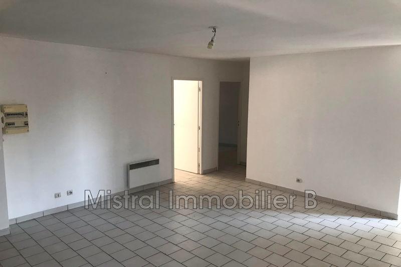 Photo Appartement Bagnols-sur-Cèze Gard rhodanien,  Location appartement  3 pièces   55m²