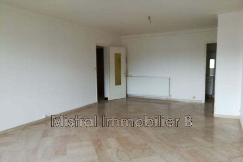 Photo Appartement Bagnols-sur-Cèze Gard rhodanien,  Location appartement  3 pièces   70m²