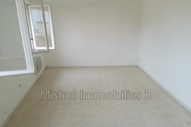 Photo Appartement Bagnols-sur-Cèze Gard rhodanien,  Location appartement  3 pièces   52m²
