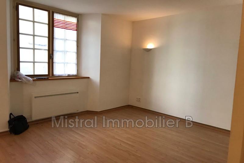 Photo Appartement Bagnols-sur-Cèze Gard rhodanien,  Location appartement  1 pièce   31m²