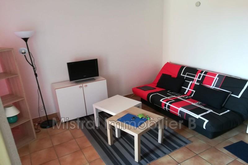 Photo Appartement Bagnols-sur-Cèze Gard rhodanien,  Location appartement  1 pièce   25m²