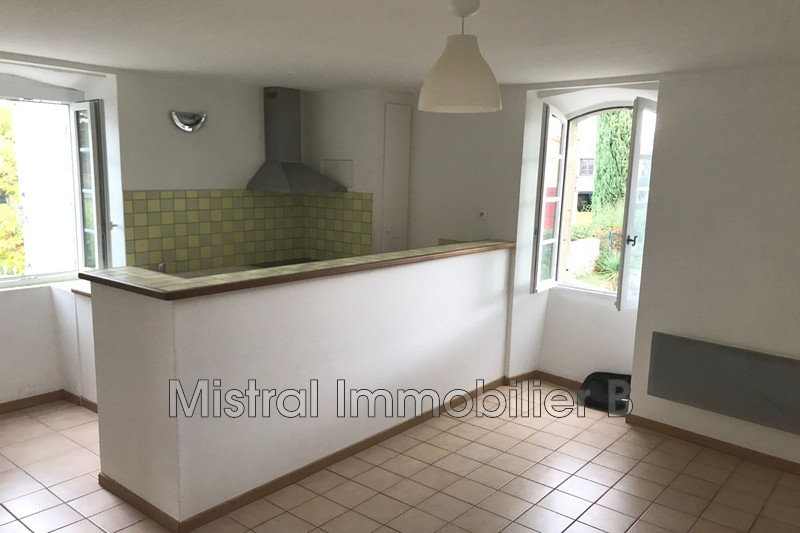 Photo Appartement Saint-Victor-la-Coste Val de tave,  Location appartement  2 pièces   36 m²