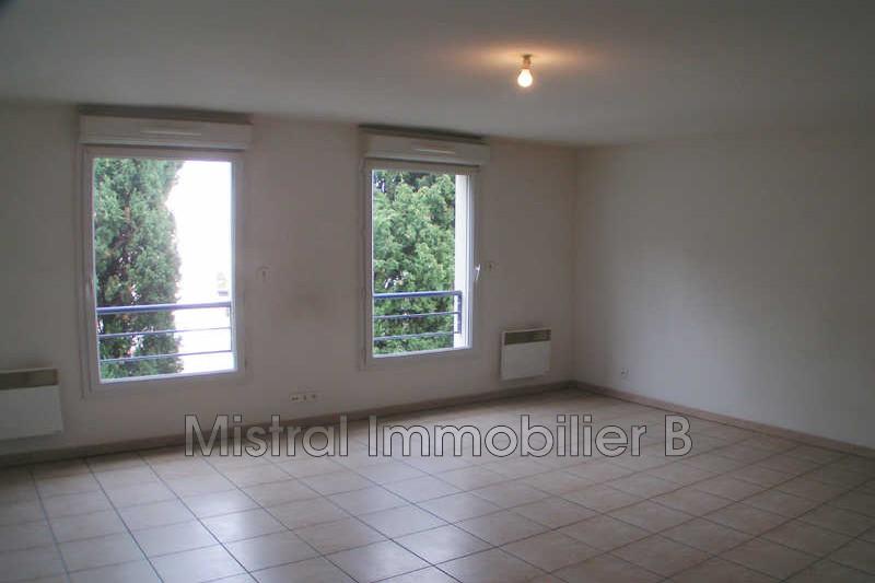 Photo Appartement Bagnols-sur-Cèze Gard rhodanien,  Location appartement  1 pièce   33m²