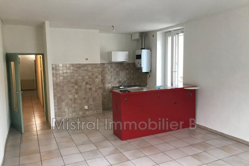 Photo Appartement Bagnols-sur-Cèze Gard rhodanien,  Location appartement  3 pièces   57m²