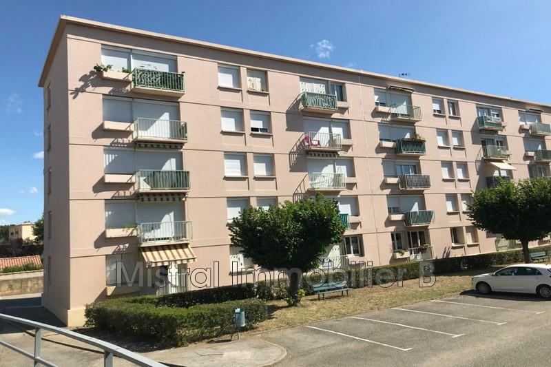 Photo Appartement Bagnols-sur-Cèze Gard rhodanien,  Location appartement  4 pièces   64m²