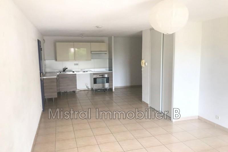 Photo Appartement Bagnols-sur-Cèze Vallée de la cèze,  Location appartement  3 pièces   55m²