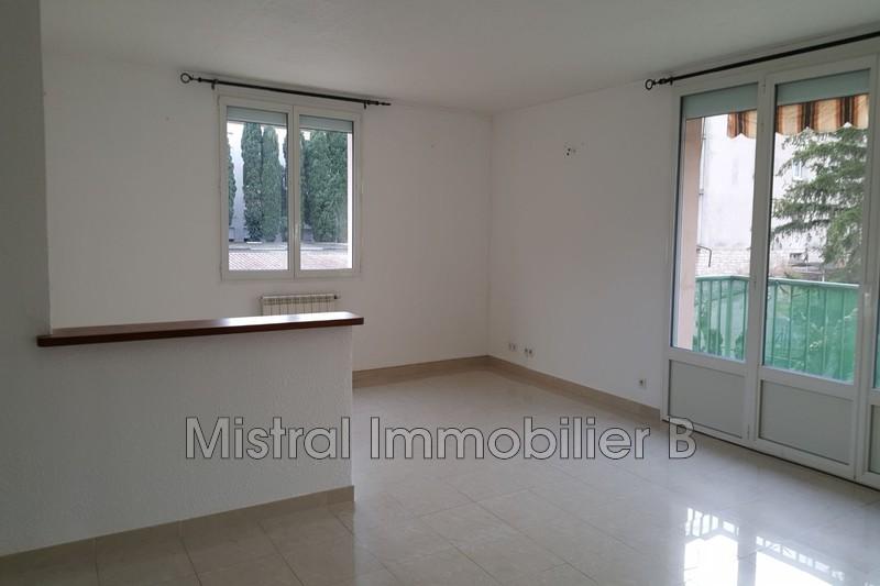 Photo Appartement Bagnols-sur-Cèze Gard rhodanien,  Location appartement  4 pièces   74m²
