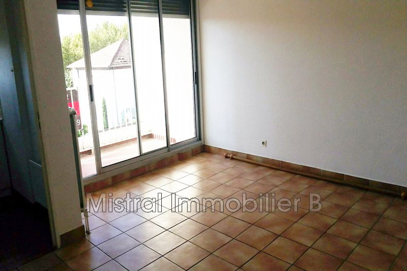 Photo n°1 - Vente appartement Bagnols-sur-Cèze 30200 - 39 500 €