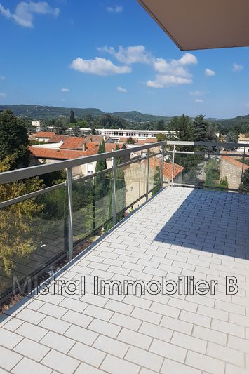 Photo n°1 - Vente appartement Bagnols-sur-Cèze 30200 - 110 000 €
