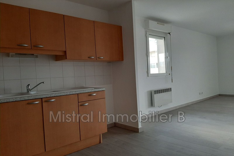Photo n°4 - Vente appartement Bagnols-sur-Cèze 30200 - 110 000 €