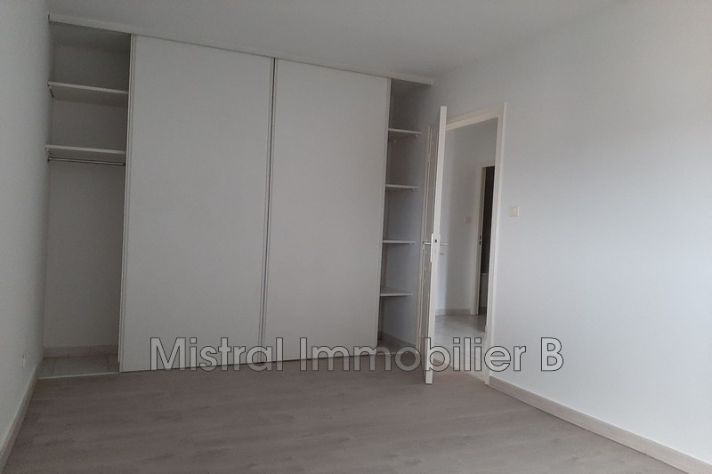 Photo n°8 - Vente appartement Bagnols-sur-Cèze 30200 - 110 000 €