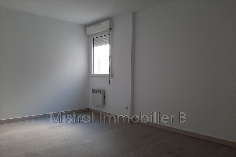 Photo n°7 - Vente appartement Bagnols-sur-Cèze 30200 - 110 000 €