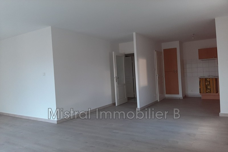 Photo n°5 - Vente appartement Bagnols-sur-Cèze 30200 - 110 000 €
