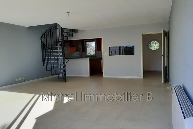 Photo n°2 - Vente appartement Bagnols-sur-Cèze 30200 - 94 000 €