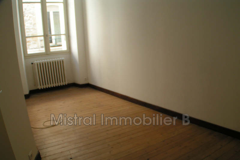 Photo n°3 - Vente appartement Bagnols-sur-Cèze 30200 - 64 800 €