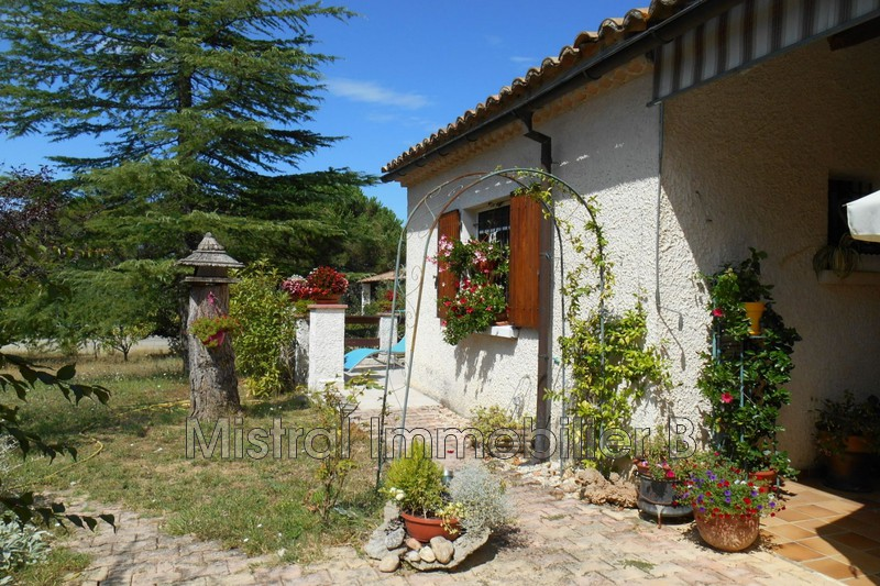 Photo Villa Saint-Paulet-de-Caisson   to buy villa  4 bedroom   136 m²