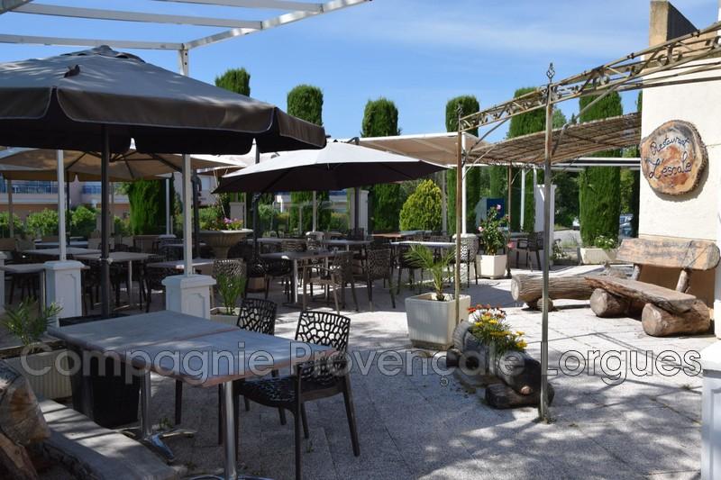 Locaux - Tourrettes (83)   - 715 000 €