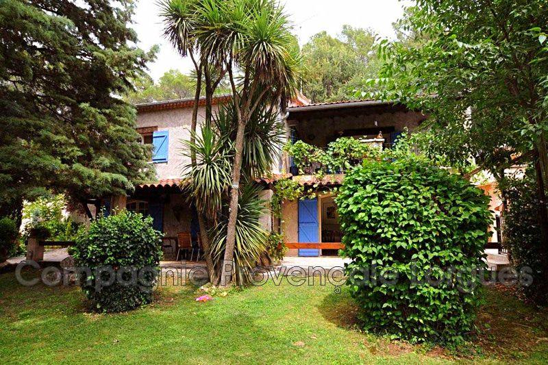 Villa Provençale - Flayosc (83)   - 470 000 €