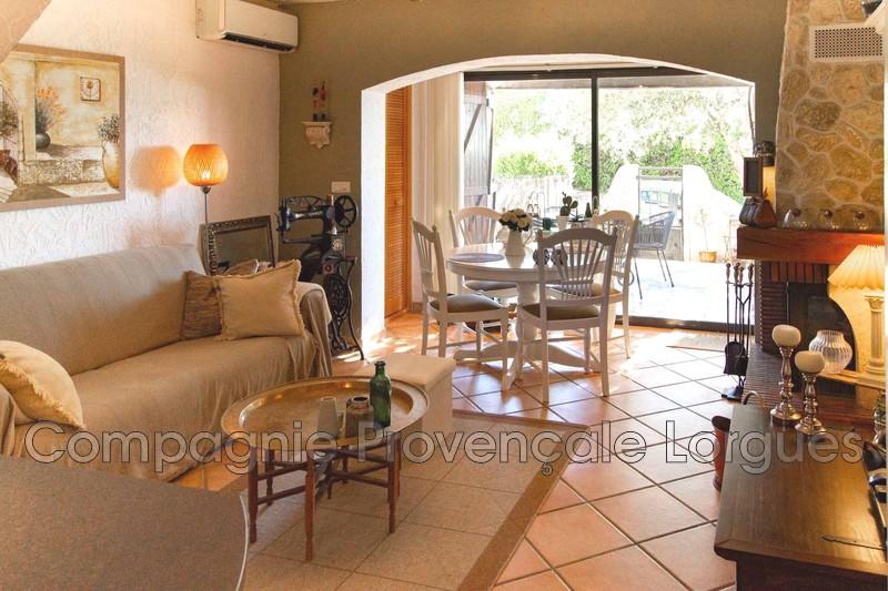 Maison - Lorgues (83)   - 298 000 €