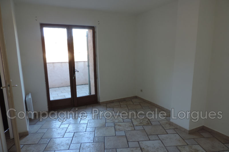 Photo n°14 - Vente appartement Saint-Antonin-du-Var 83510 - 170 000 €