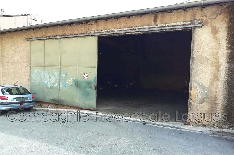 Garage - Lorgues (83)   - 180 000 €