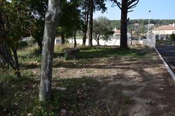 Photos  Terrain à bâtir à vendre Lorgues 83510