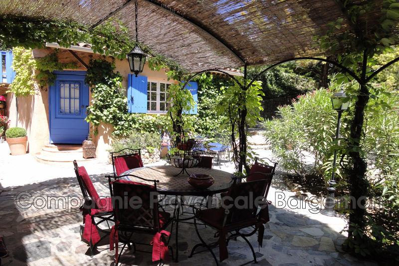Maison - Montferrat (83)   - 549 000 €