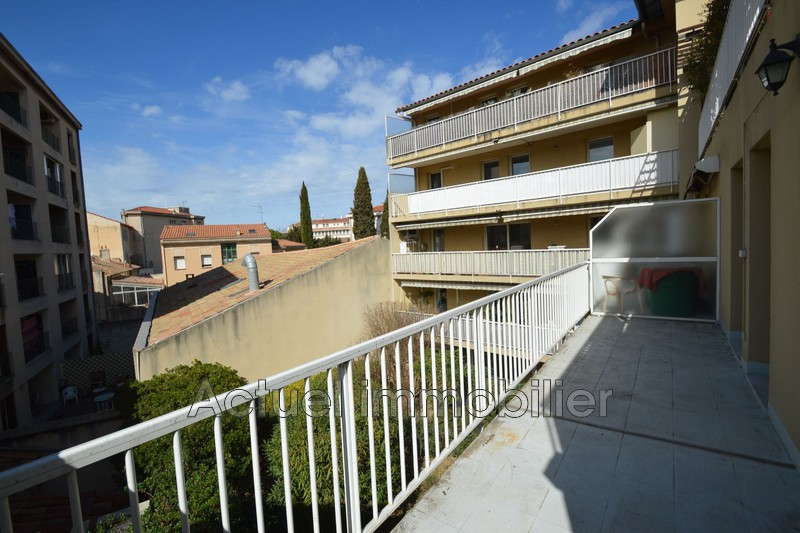 Location appartement Aix-en-Provence DSC_0005.JPG