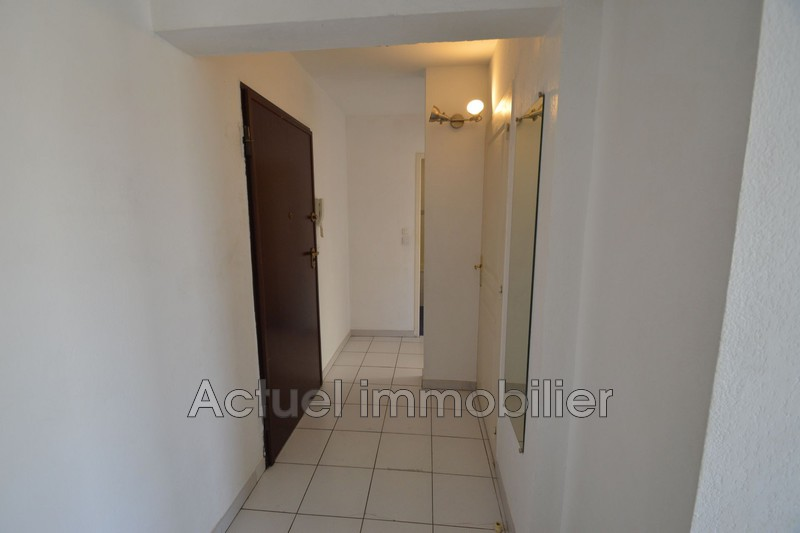 Location appartement Aix-en-Provence DSC_0006.JPG