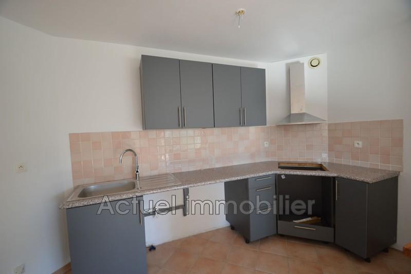 Location maison Châteauneuf-le-Rouge DSC_0084.JPG