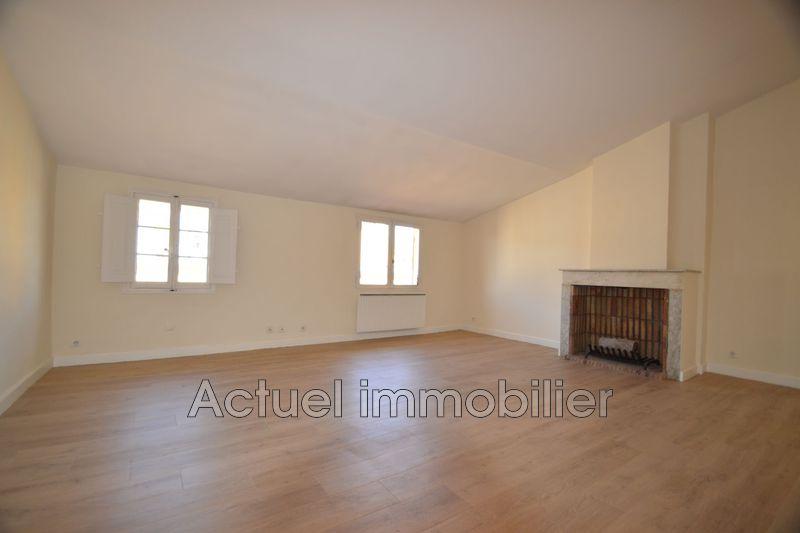 Location appartement Aix-en-Provence  Appartement Aix-en-Provence Centre-ville,  Location appartement  3 pièces   76m²