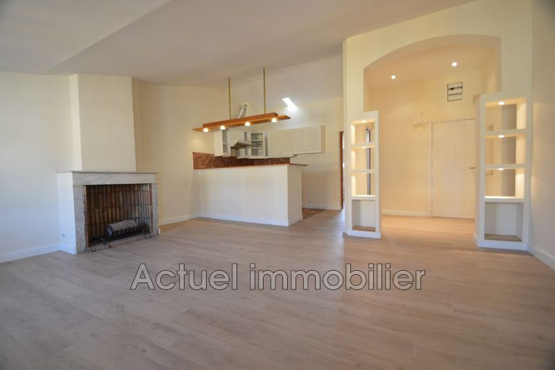Location appartement Aix-en-Provence  Apartment Aix-en-Provence Centre-ville,  Rentals apartment  3 rooms   76m²