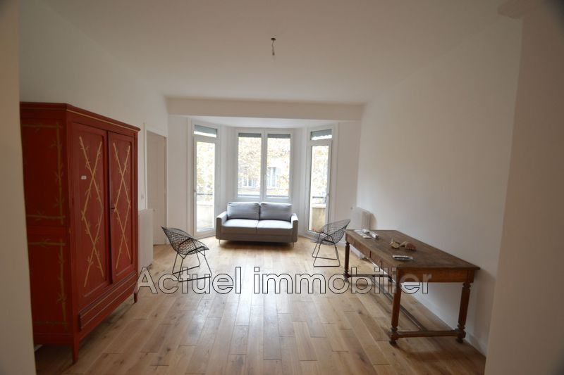 Location appartement Aix-en-Provence  Appartement Aix-en-Provence Centre-ville,  Location appartement  5 pièces   117m²