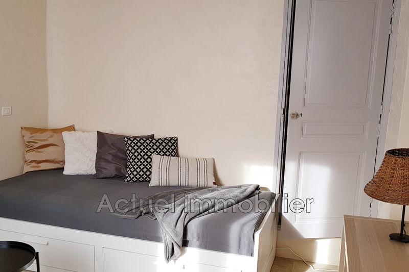 Location appartement Aix-en-Provence IMG-salon1