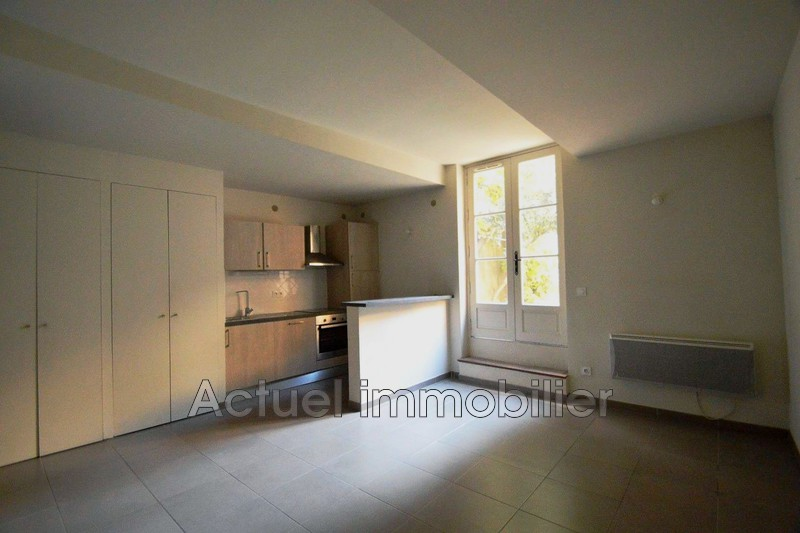 Location appartement Aix-en-Provence  Apartment Aix-en-Provence Centre-ville,  Rentals apartment  3 rooms   52 m²