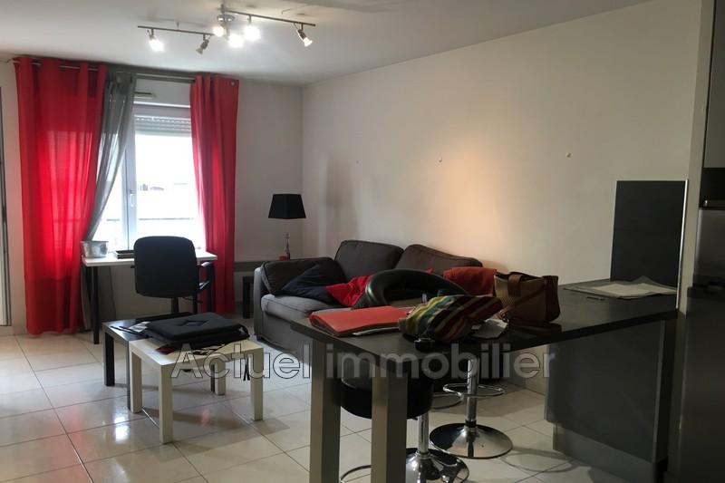 Location appartement Aix-en-Provence  Appartement Aix-en-Provence Centre-ville,  Location appartement  2 pièces   33m²