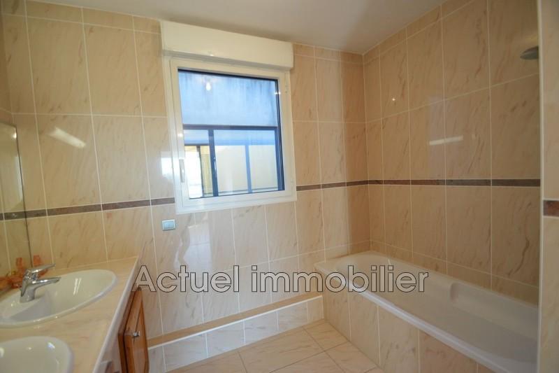 Location appartement Aix-en-Provence DSC_0004