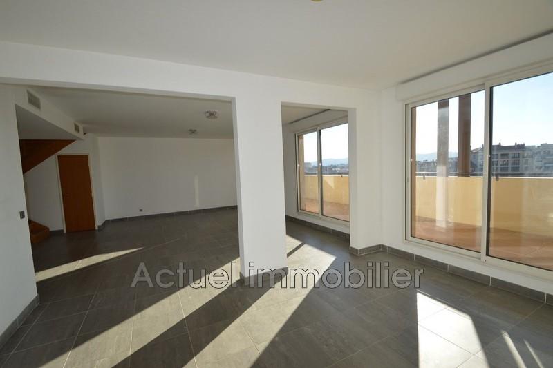 Location appartement Aix-en-Provence  Appartement Aix-en-Provence Centre-ville,  Location appartement  3 pièces   107m²