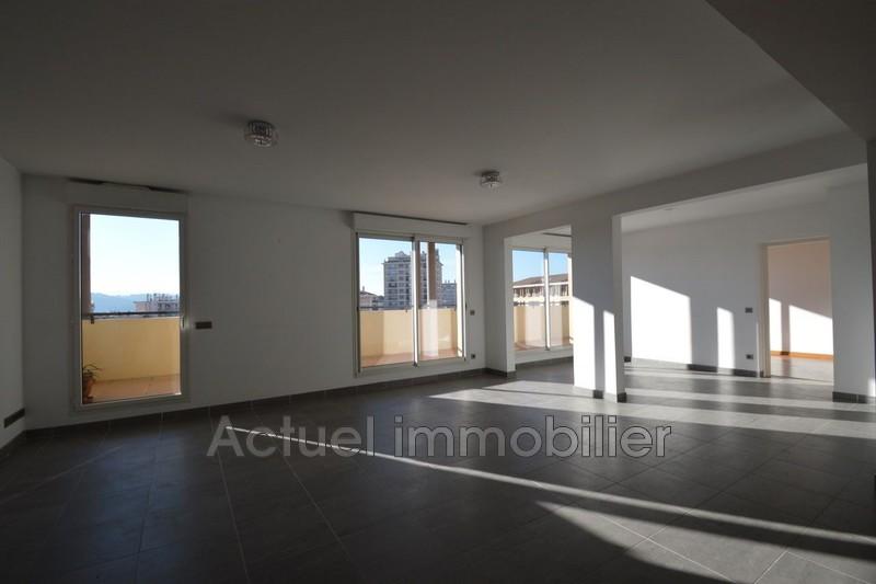 Location appartement Aix-en-Provence DSC_0022