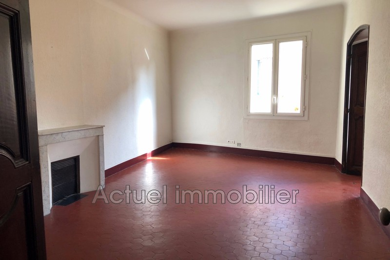 Location appartement Aix-en-Provence  Apartment Aix-en-Provence Centre-ville,  Rentals apartment  5 rooms   72 m²