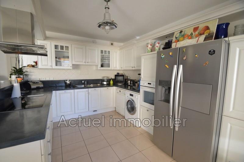 Location appartement Aix-en-Provence DSC_0025