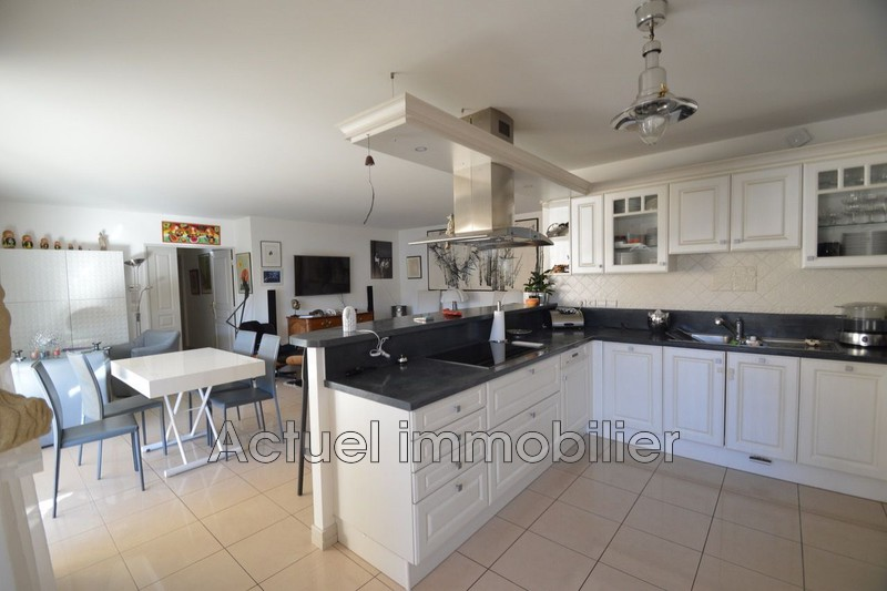 Location appartement Aix-en-Provence DSC_0026