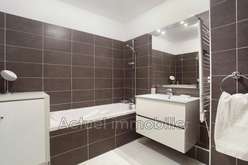 Vente appartement Aix-en-Provence SDB1.JPG