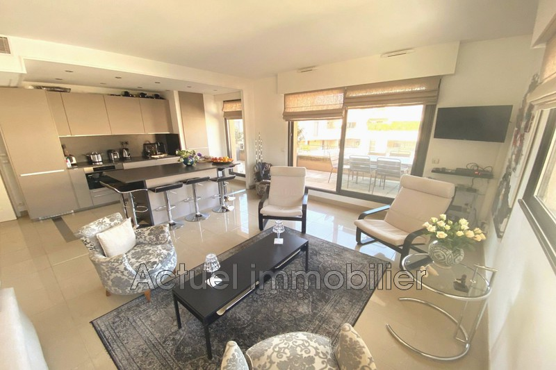 Vente appartement Aix-en-Provence  Apartment Aix-en-Provence Centre-ville,   to buy apartment  2 rooms   58 m²