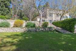 Vente propriété Aix-en-Provence Jardin façade 2