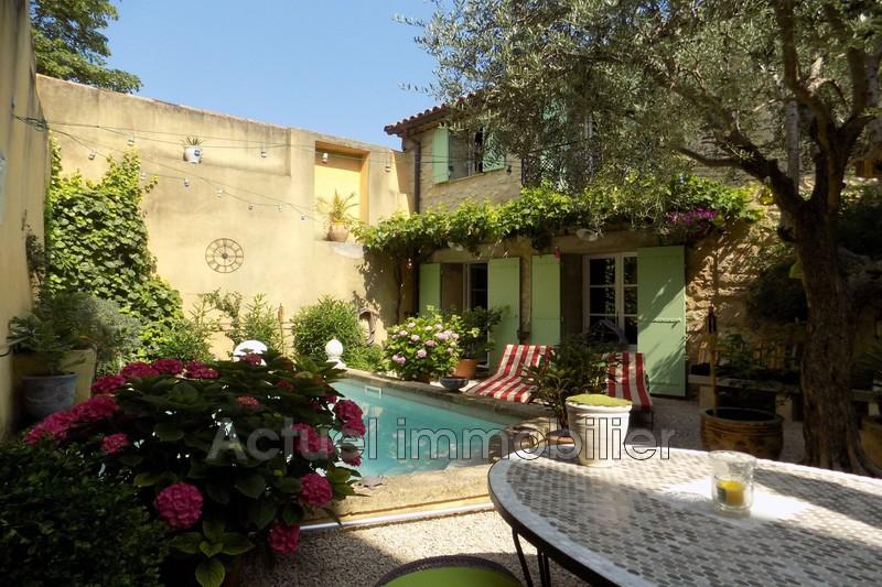 Vente maison de village La Roque-d'Anthéron  Maison de village La Roque-d'Anthéron   achat maison de village  6 chambres   220m²