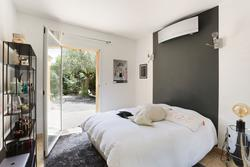 Vente maison Aix-en-Provence CHAMBRE1.JPG