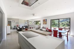 Vente maison contemporaine Aix-en-Provence CUISINE4.JPG