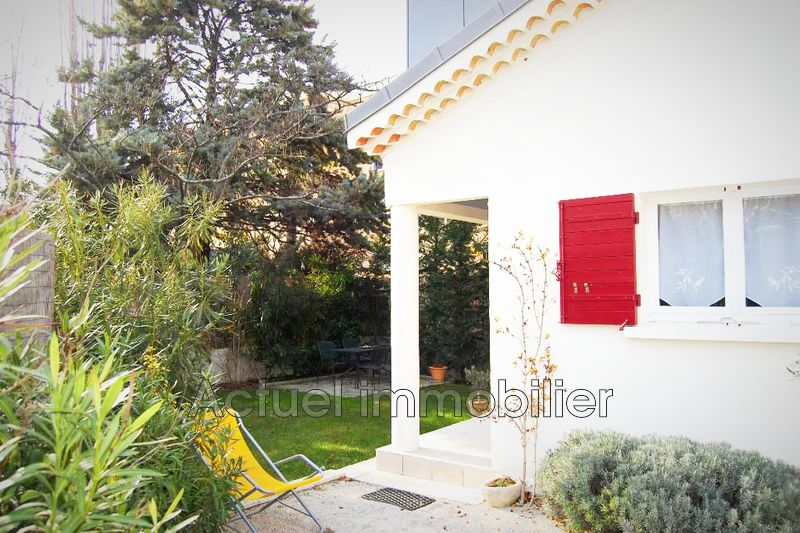 Vente maison Aix-en-Provence  House Aix-en-Provence Centre ville,   to buy house  2 bedroom   80 m²